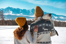 Young Couple With Cat In Sweat...