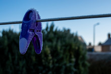 Frozen Clothespin In Sighthill...