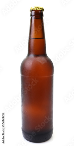 Photo Beer bottle on a white background