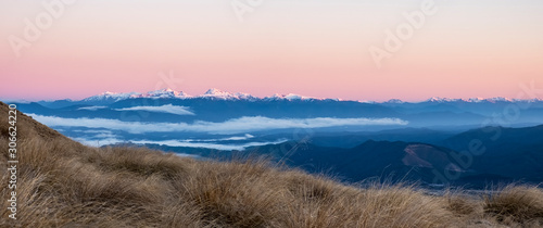 Photo Morning view from the Bushline Hut in Nelson Lakes park