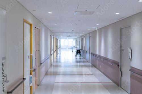 老人ホーム 介護施設 入院病棟 リハビリ施設 廊下