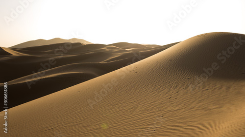 Sand landscapes and dunes in the Sahara desert. Fototapet