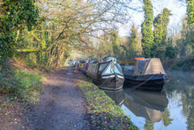 Narrow Boats Moored Up On The ...