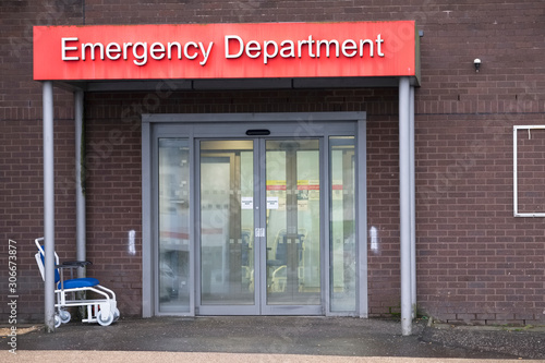 Tableau sur Toile Emergency and Accident Department entrance at Hospital London UK