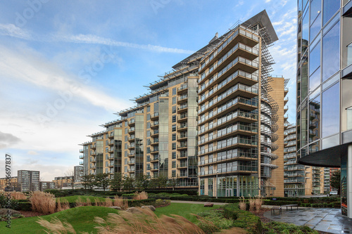 фотография Battersea is a district of south west London, England, within London Borough of Wandsworth