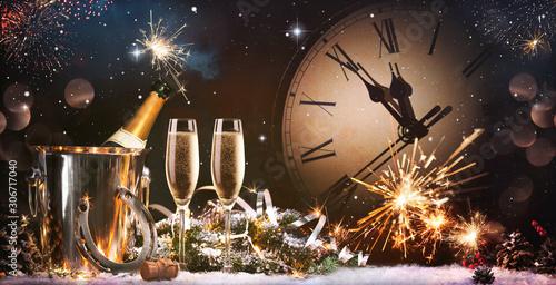 Obraz New Years Eve celebration background - fototapety do salonu