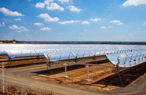 Centrale Solare - energie rinnovabili Canvas Print