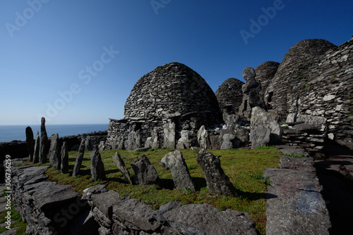 Tablou Canvas Skellig micheal old monks oratory and cimetery