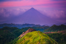 Sunset Mayon Volcano On Luzon ...