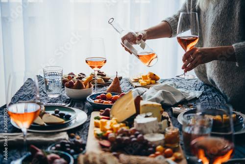 Valokuvatapetti Dinner party