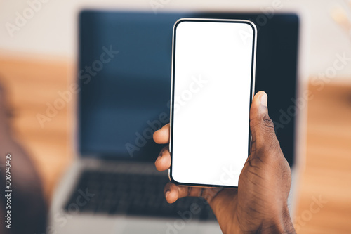 Fotografie, Obraz African american using black phone with blank screen