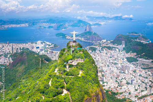 Canvastavla Beautiful aerial view of Rio de Janeiro city with Corcovado and Sugarloaf Mounta