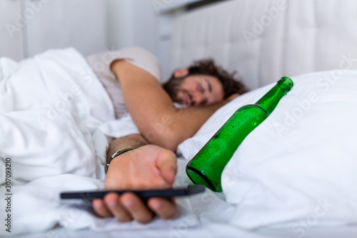 Valokuva Texting while drunk concept