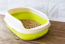 High Sided Cat Litter Tray Wit...