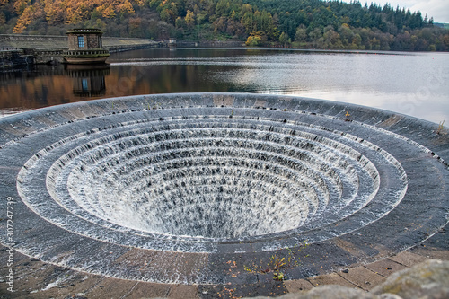 Fotografie, Tablou Large plughole at the Ladybower reservoir in overflow
