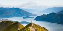 Roys Peak Mountain Hike In Wan...