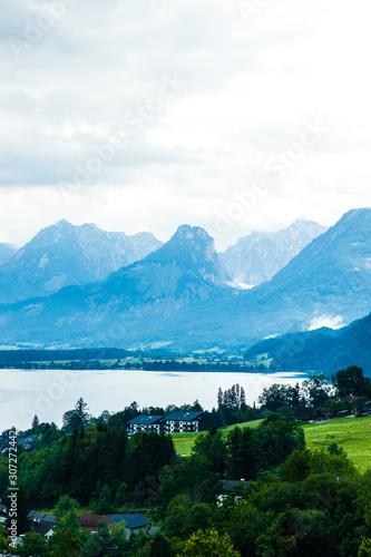Fototapeta salzburg lake district - small town obraz na płótnie