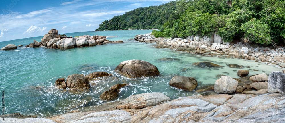Fototapeta boulders by the seaside