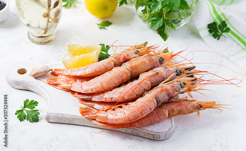 Raw wild Argentinian red shrimps/prawns  and ingredients for cooking Canvas Print