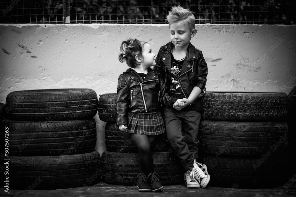 Fototapeta boy and girl, fashion, beautiful, blue eyes, cool, rock style, young musicians, punks