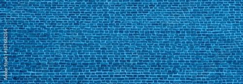 klasyczny-niebieski-mur-z-cegly-te