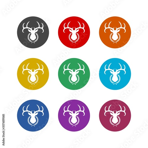Photo Deer head in the laurel wreath color icon set isolated on white background
