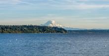 Stunning Mount Rainier 3