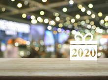 Gift Box Happy New Year 2020 F...