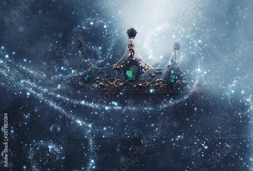 Obraz na plátně  mysterious and magical photo of of beautiful queen/king crown over gothic snowy dark background