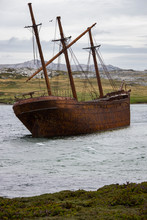 Wreck Of The Lady Elizabeth In Whalebone Cove - Falkland Islands