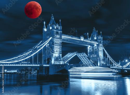 tower-bridge-at-night-collage