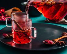 Fresh Brewed Spicy Fruit Tea W...