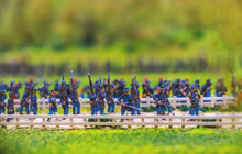 Carabine Toy Soldiers Marching...