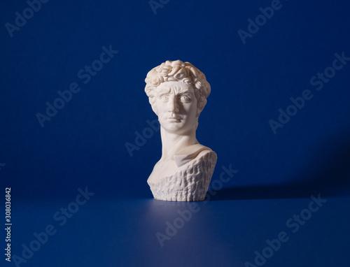 Canvastavla statue of a man