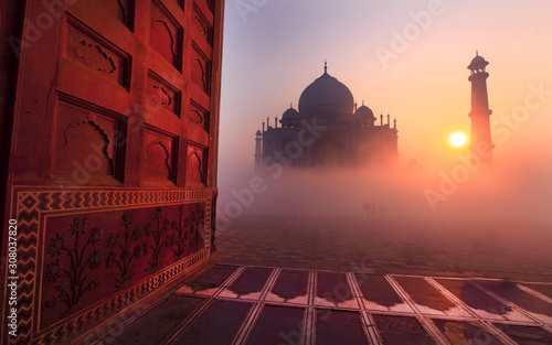 Fotografia Taj Mahal at sunrise