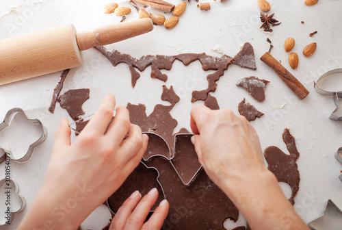 Obraz Traditional Christmas gingerbread baking. - fototapety do salonu