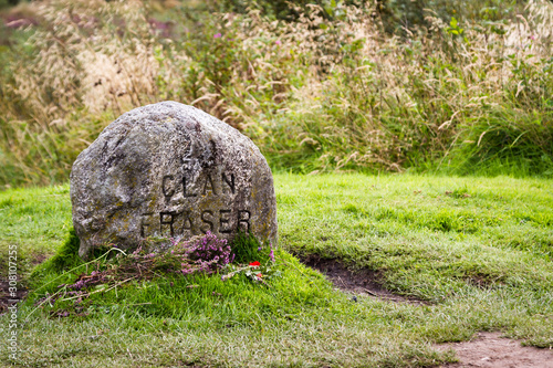 Obraz Grave markers at Culloden Battlefield - fototapety do salonu