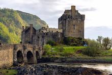 Eilean Donan Castle Bridge Mou...