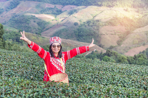 Fényképezés asian hill tribe woman ethnic minority with traditional clothes standing raised