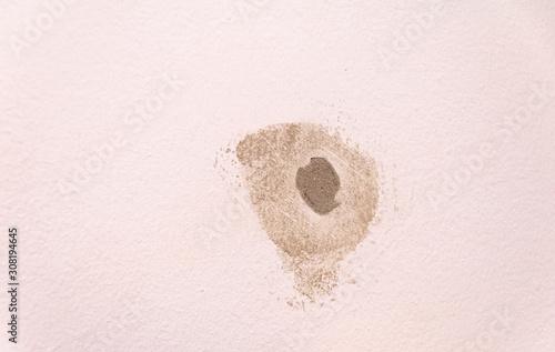 Obraz na plátně Loch in der Wand reparieren