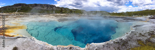 Fotografie, Obraz Sapphire Pool, Yellowstone National park, Wyoming