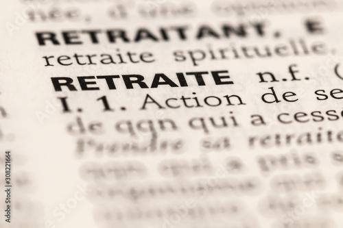 Obraz na plátně Retraite - photo macro de la définition du dictionnaire français