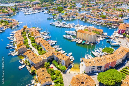 Obraz View Of Colorful Houses And Boats In Port Grimaud During Summer Day-Port Grimaud, France - fototapety do salonu
