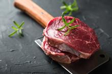 Raw Black Angus Beef Steak Wit...