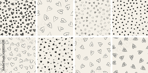Obraz Set of trendy hand-drawn doodle seamless pattern with hearts. Collection of valentines day backgrounds - fototapety do salonu