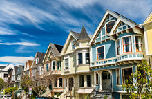 Traditional Victorian Houses I...