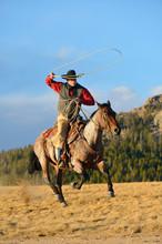 USA, Wyoming, Riding Cowboy Sw...