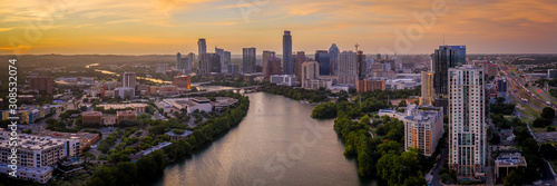 Photo Austin Skyline Panoramic photo with Colorado River winding by downtown