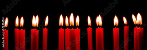 Photo Viele rote Kerzen