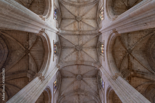 Cuadros en Lienzo Majestic pointed arches, piers, triforium, clerestory, ribbed vaulting, nave lan